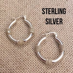 """Sterling Silver Hoop Earrings Approx 1"""" Diameter"""